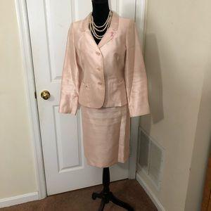 Suit Studio women's blush pink 2pc skirt suit Sz8p